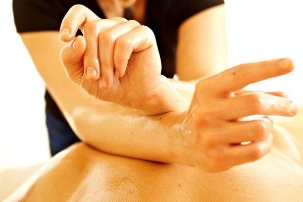 ruka masaža s hipertenzijom)