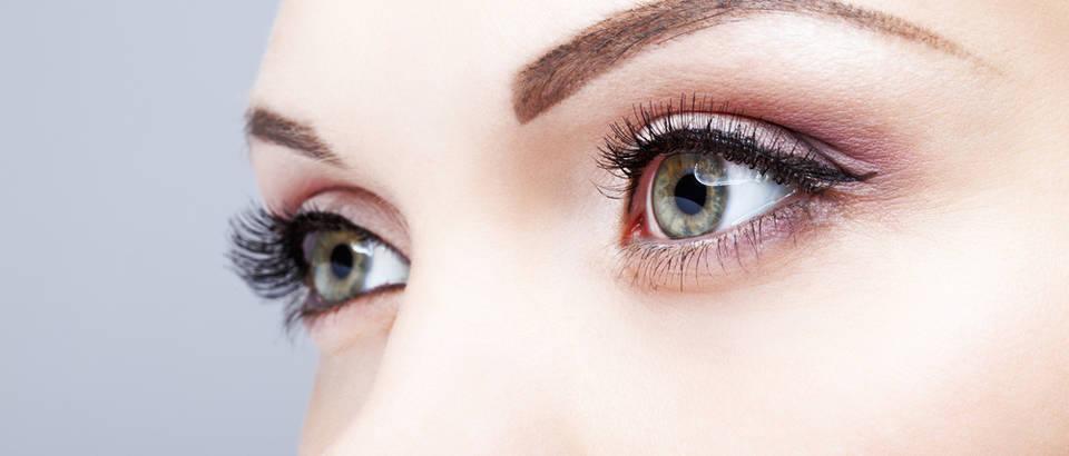 crna oko od hipertenzije)