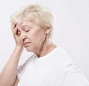 mučnina, omaglica, hipertenzije