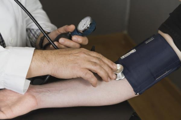 Decoction od sjemena suncokreta za hipertenziju: to stvarno radi?