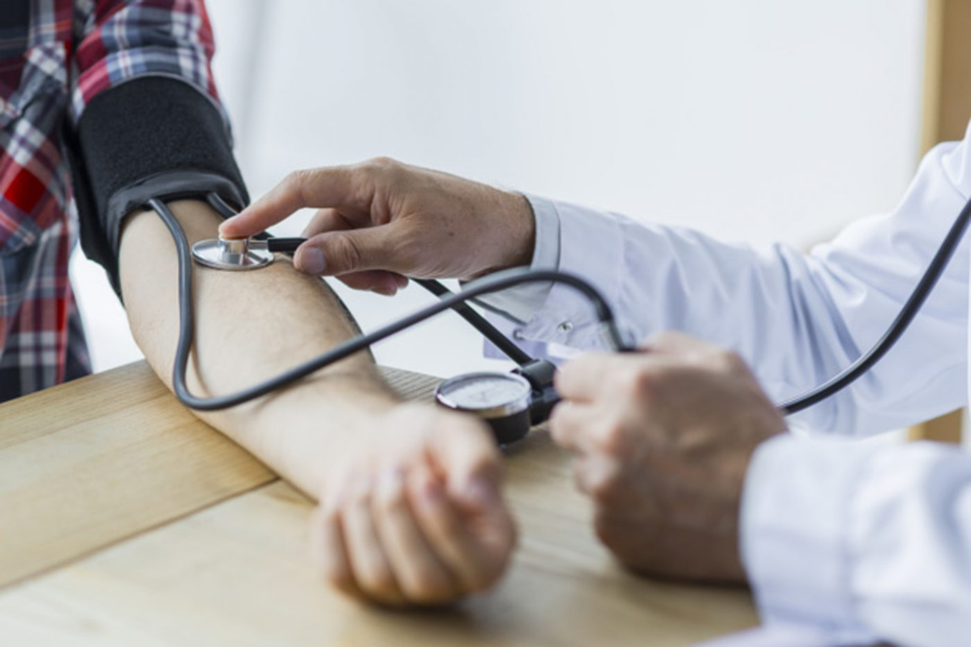 kako ćete znati da li imate visoki krvni tlak)