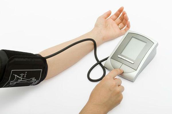 lijekovi za glavobolju i hipertenzije)