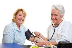 kako bi se utvrdilo da li postoji hipertenzija