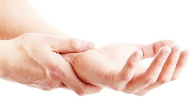 Otupio ruku: uzroci i odgovarajući tretman